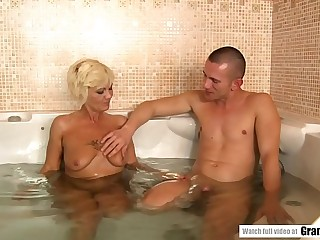 Steaming Granny Orhidea Shares Tub with Hairless Stud