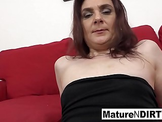 Horny mature brunette gets the Big black cock to jism on her face