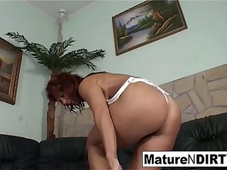 Dirty mature only wants it in the ass