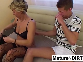 Confused blond granny gets some sexual assistance