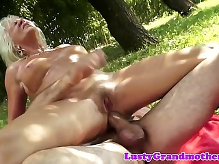 Faketit european granny assfucked outdoors