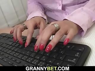 He fucks office mature chick