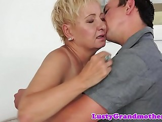 Bigtits granny screwed from behind