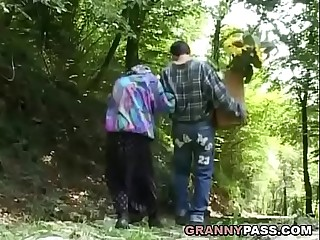 Granny Gives Everything To Blowjob In Woods