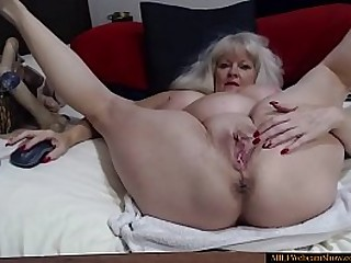 Sexy Granny Fingering Her Ass On Cam