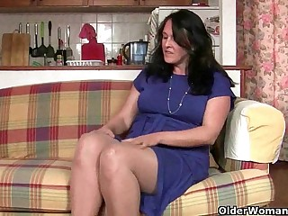 British granny works her pantyhosed old beaver