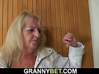 Hairy granny picked up for young dick riding