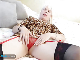 EuropeMaturE Lady Sextasy Solo Masturbation