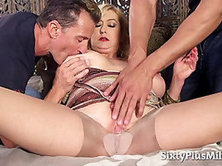 Light-haired GILF in an interracial threesome