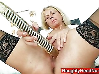Petruse mature pussy speculum gaping and onanism