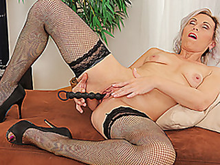 thin grandma toying her old dry pussy