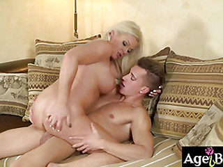 Franny serviced Jason some warm oral pleasure