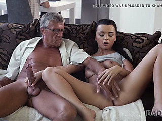 Old and youthful lovers have spontaneous sex