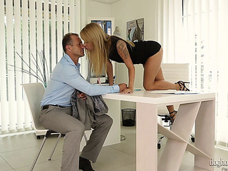 Hot Beauty Piaf Moans As The Older Boy Drills Her Tight Beaver