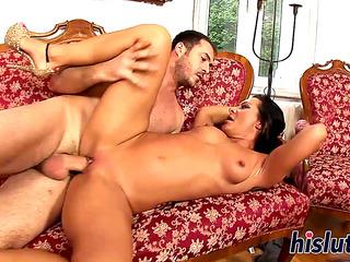 VГѓВdeos porno HD de Aged bombshell Sandra rides a biggest boner