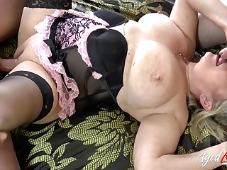 AgedLovE Busty Lady Hardcore Three-way Action