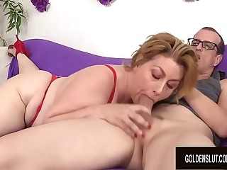 Amazing Grandma Penny Sue Showcases off Her Insatiable Lust