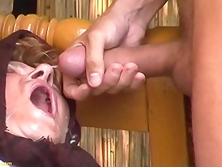 chubby hairy granny outdoor fucked by a young man