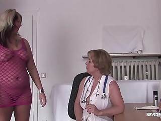 German doctor checks lesbian beaver before dildo treatment