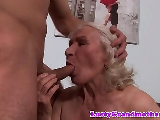 Busty amateur granny gets hairy cunt slammed
